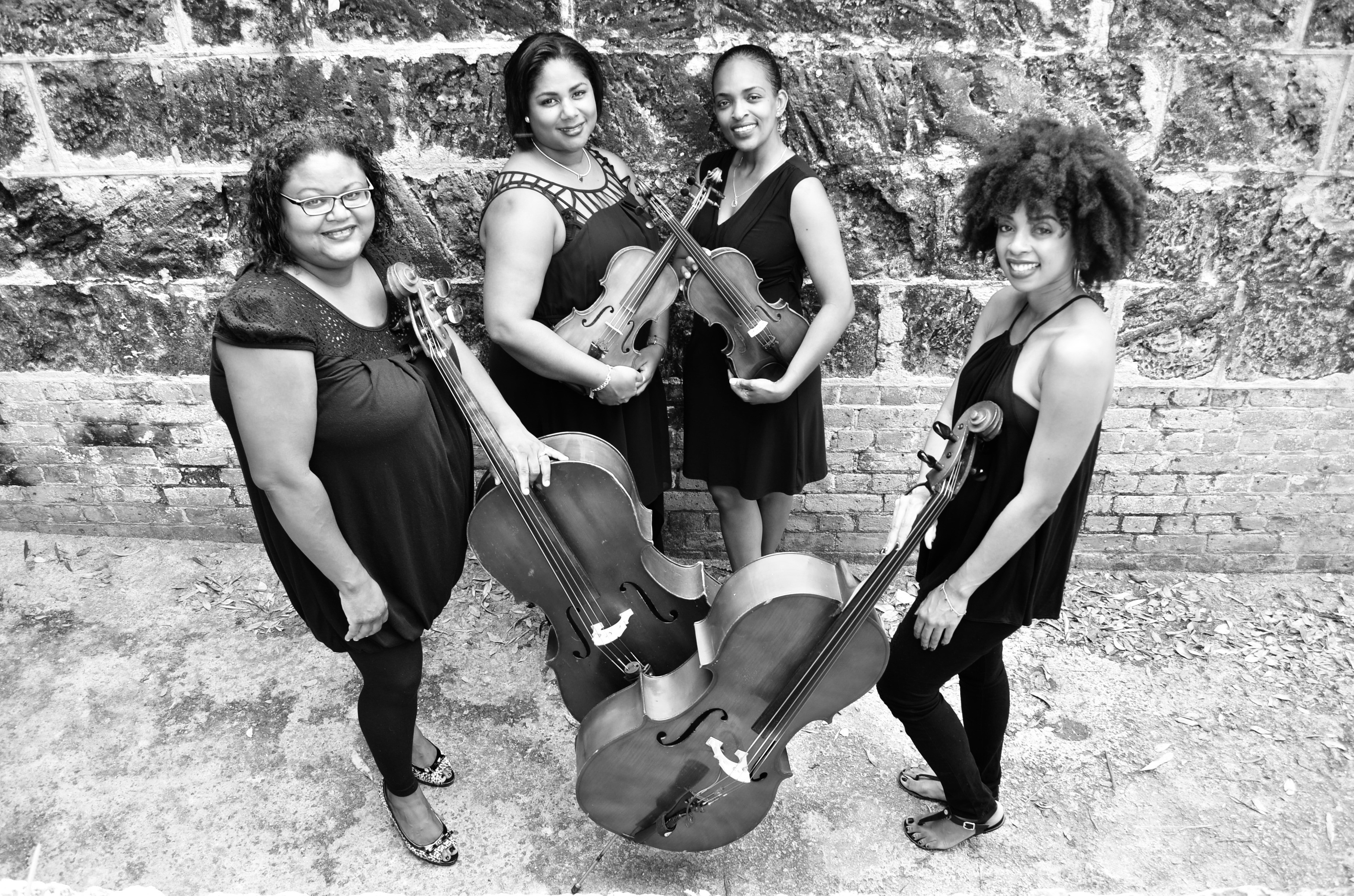 Tiffany Opens for Frisson Ensemble - Bermuda Festival